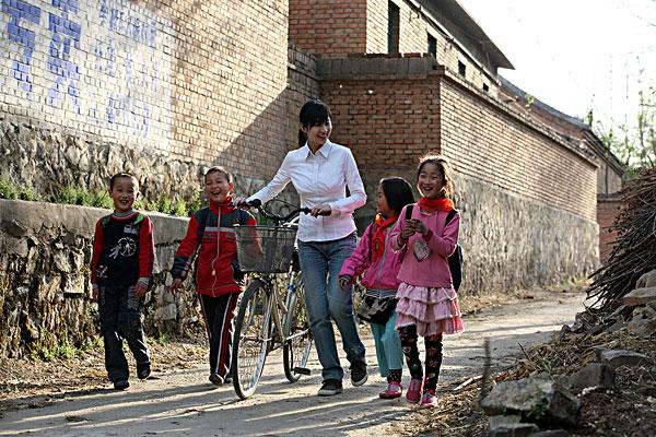 研究称:六成幼儿园教师无教师资格证书